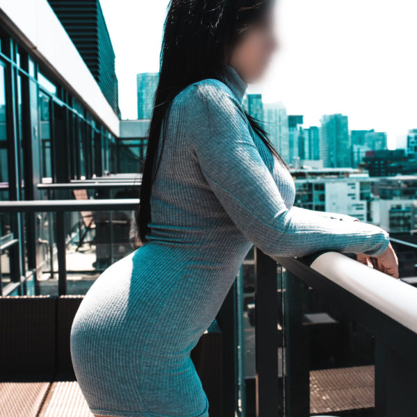 Breanne Banks Toronto Ontario escort on balcony